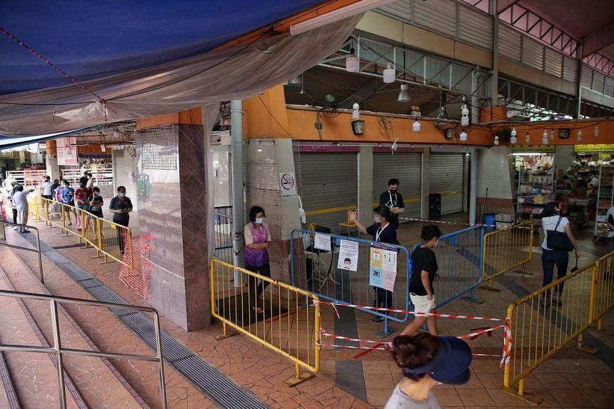 Crowd control measures at Chong Pang Market on April 22, 2020.