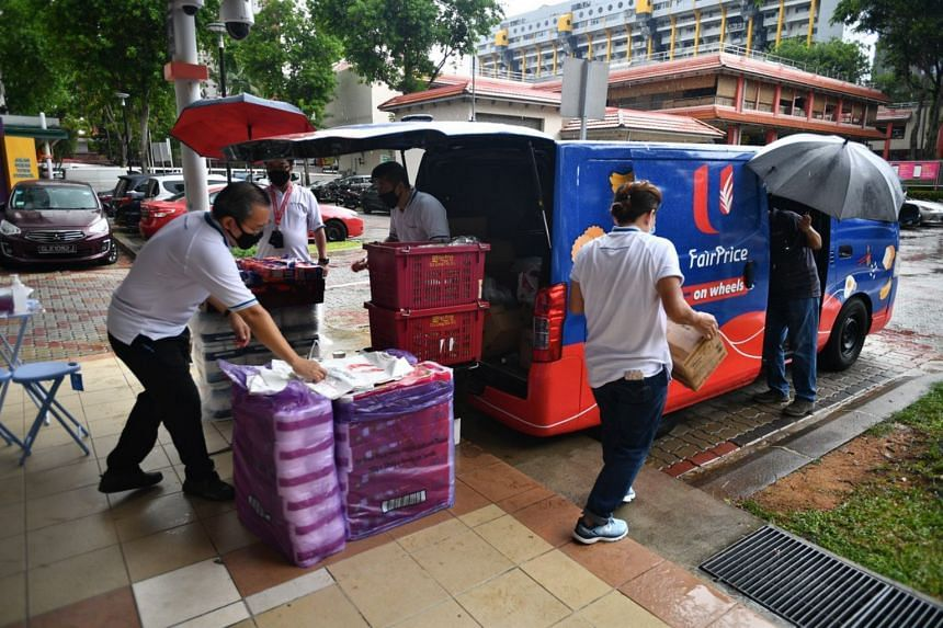 The FairPrice on Wheels vans operate daily from 9am to 2pm and accept cash only.