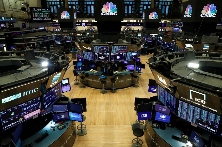 The Dow Jones Industrial Average fell 622.03 points, or 2.55 per cent.