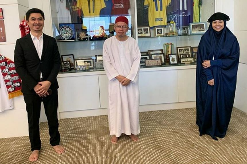 Miss Nurulhidayah (right) uploaded a photo on Instagram which shows her and her husband violating the movement control order.