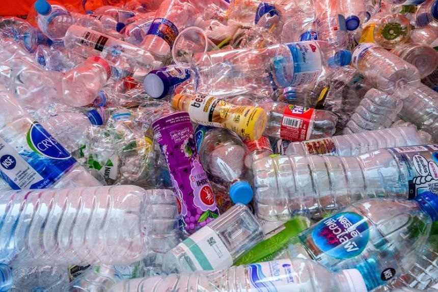As much as 3,432 tonnes of plastic was thrown away in Bangkok each day in April.