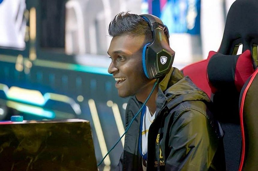 Professional e-sports player Amraan Gani from Team Flash. As part of the #SGPlaysTogether initiative, SGEA will provide support to various gaming communities here to run tournaments. PHOTO: GARENA VIETNAM