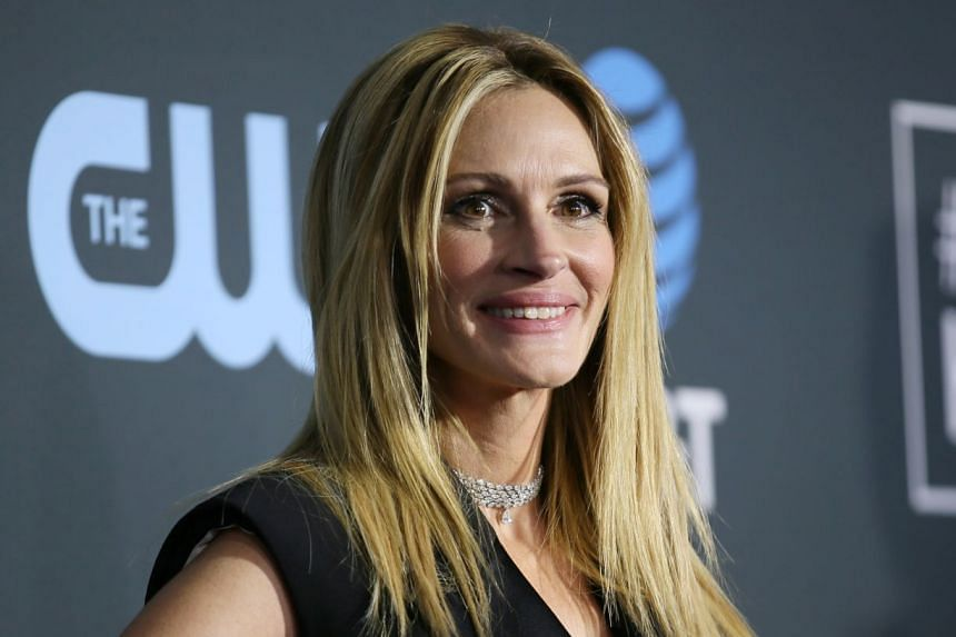 A 2019 photo shows actress Julia Roberts.at the 24th Critics Choice Awards.