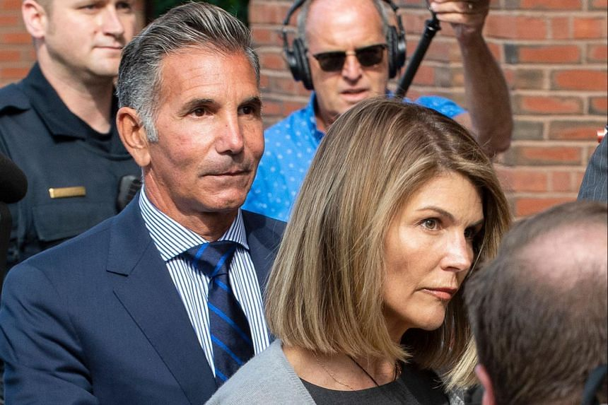 Lori Loughlin (right) and Mossimo Giannulli have agreed to serve two months and five months in prison respectively.