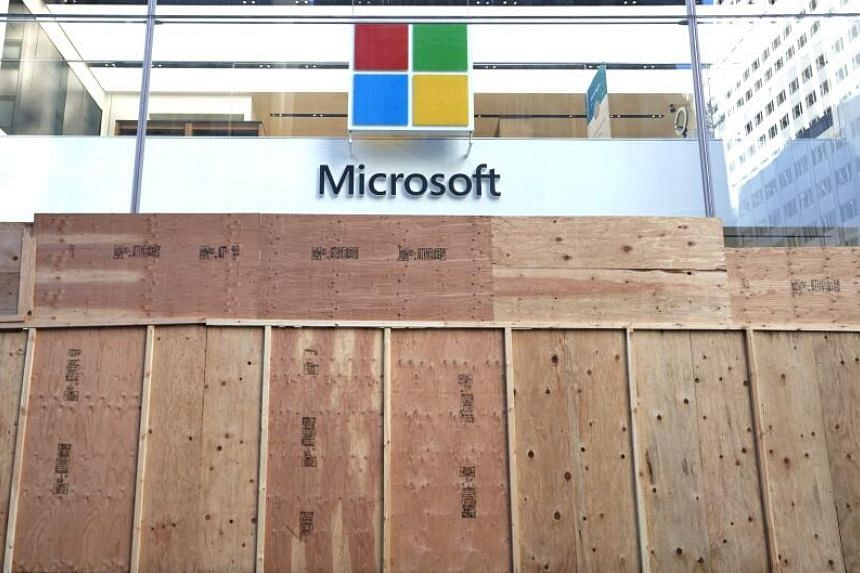 Microsoft joins rivals, bars police use of face recognition tech