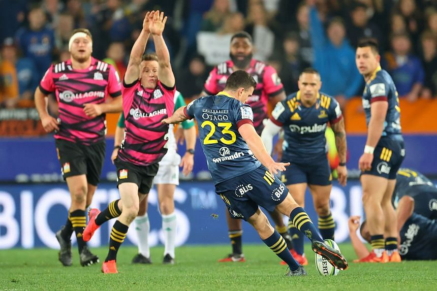 The drop goal provided an electric finish to the first match of New Zealand's Super Rugby Aotearoa.