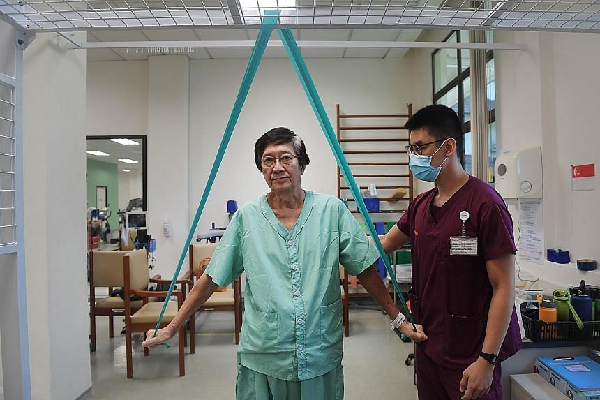 Left: Mr Susanto Notowibowo, 72, before he came down with Covid-19. PHOTO: COURTESY OF SUSANTO NOTOWIBOWO Far left: Mr Susanto at Alexandra Hospital, where he is undergoing rehabilitation to recover from the after-effects of his prolonged bed rest. H