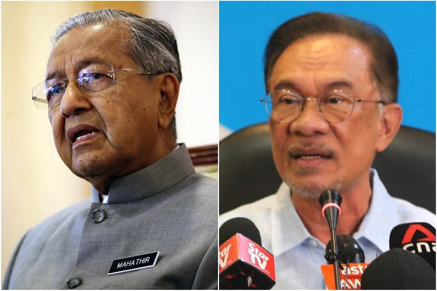 A meeting between the opposition's key leaders, including Mahathir (left) and his former deputy Datuk Seri Anwar Ibrahim did not take place.