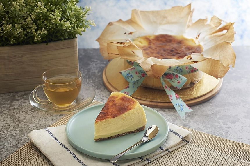 Original Melt Burnt Cheesecake from Flourice.