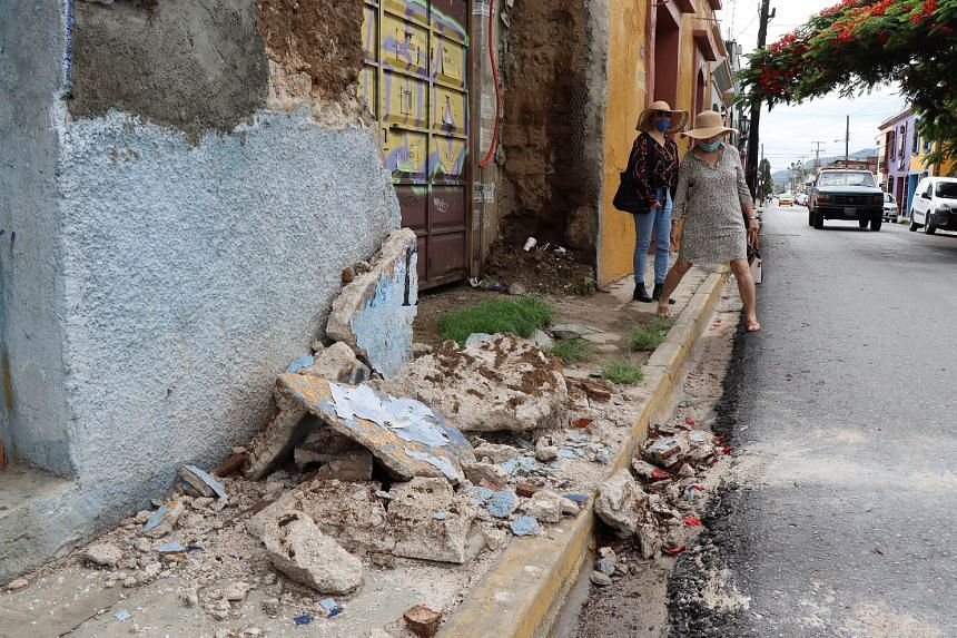 M 7.4 natural disaster strikes Mexico, shaking felt hundreds of kilometres away