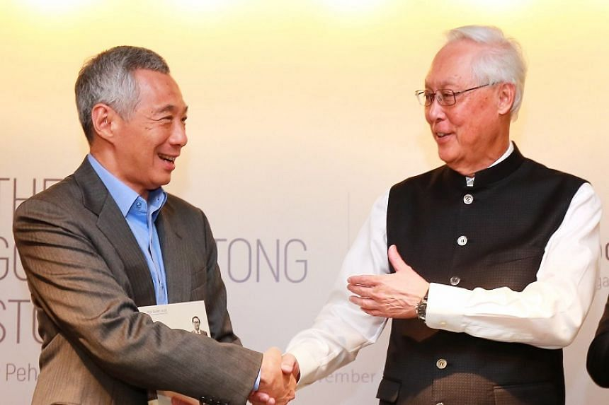 Prime Minister Lee Hsien Loong and Emeritus Senior Minister Goh Chok Tong at an event at the Lee Kuan Yew School of Public Policy on Nov 8, 2018.