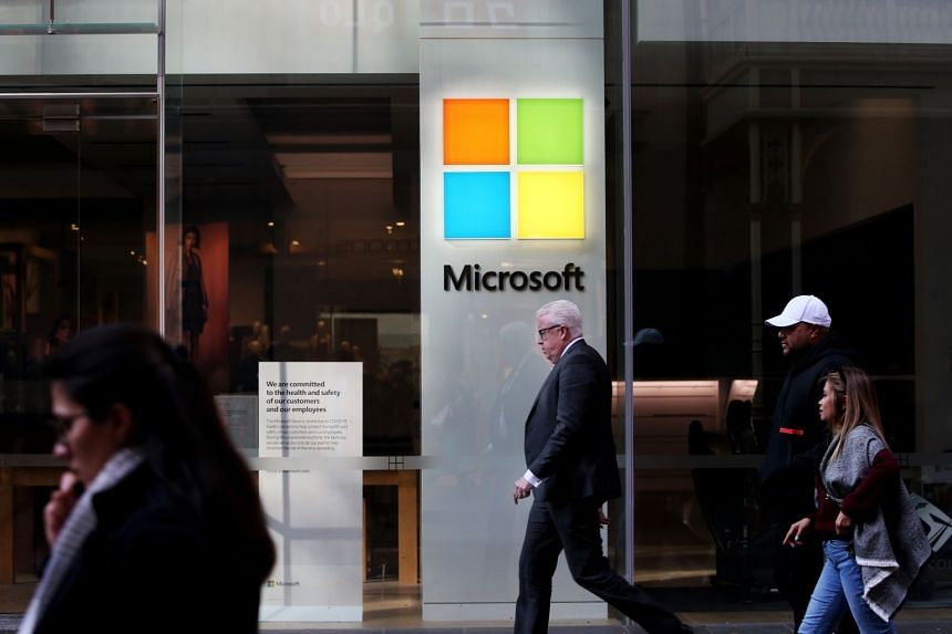 Microsoft is permanently closing its retail stores CNBC