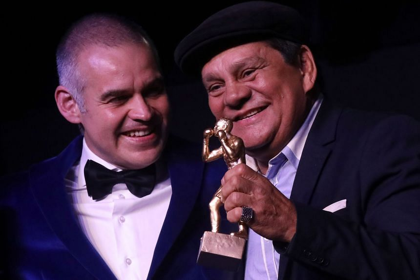 Former boxing champ Roberto Hands of Stone Duran diagnosed with coronavirus