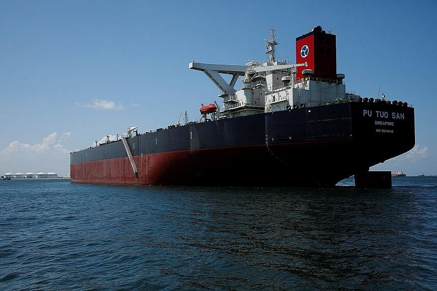 A Hin Leong supertanker in the waters off Jurong Island last year. Hin Leong has filed for bankruptcy protection and founder Lim Oon Kuin admitted that he directed the firm to hide about US$800 million in futures trading losses.