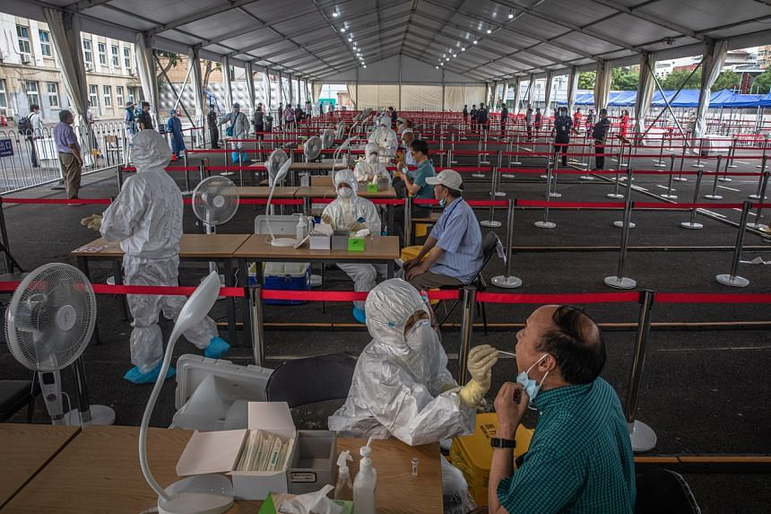 China: 4 lakh people under lockdown as coronavirus cases rise