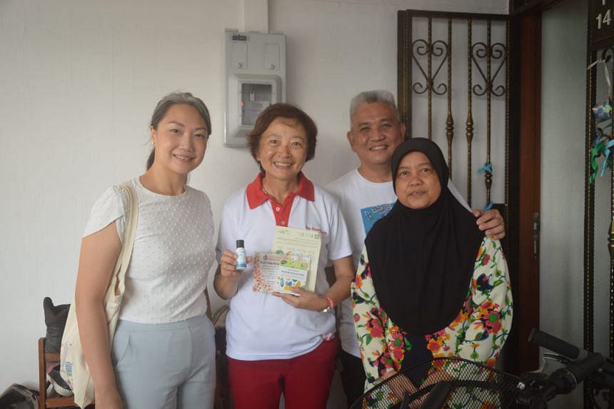 Ms Lee Bee Wah (second from left) will be ceding her place in Nee Soon GRC to new face Carrie Tan (left).