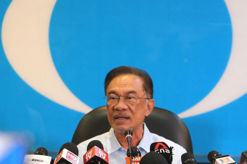 Malaysian opposition leader Anwar Ibrahim has accused allies of conspiring behind his back.