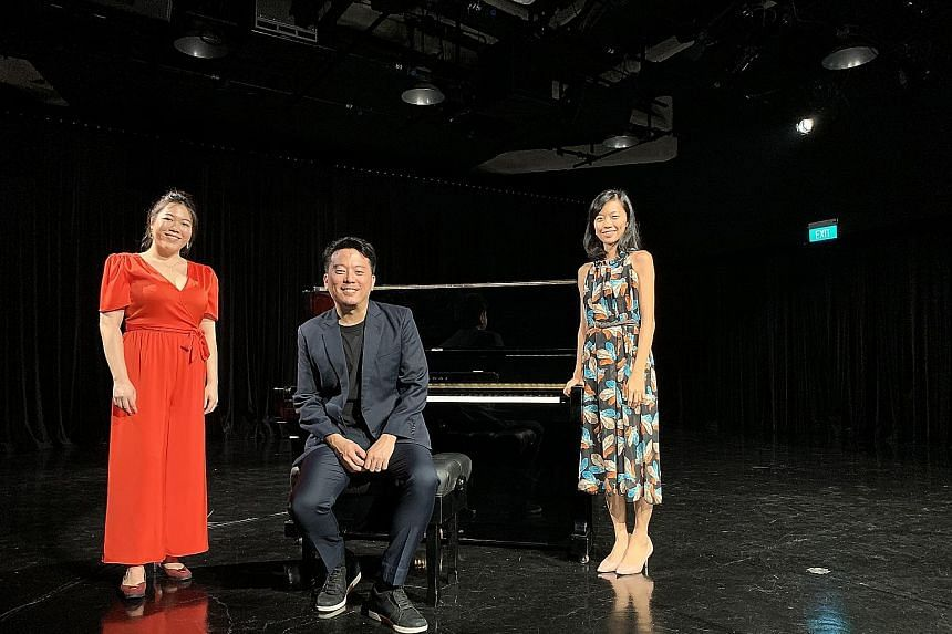 (From far left) Soprano Teng Xiang Ting, Opera People co-founder and tenor Jonathan Tay and pianist Beatrice Lin.