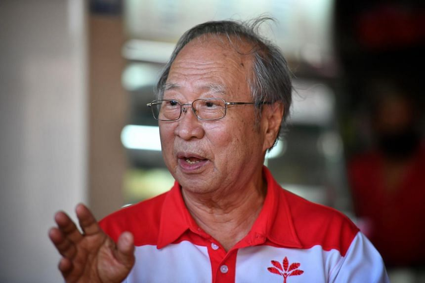 Dr Tan Cheng Bock speaks at the Mayflower Market & Food Centre on June 19, 2020.