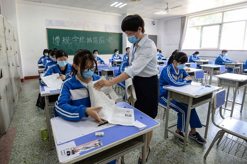 A simulation of the annual national college entrance exam in Handan, China, on July 1, 2020.