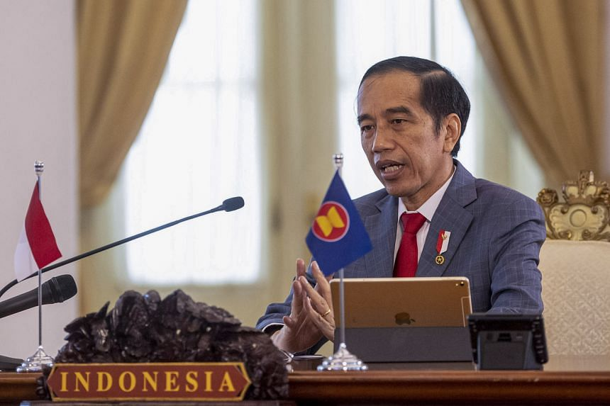 The strained relations between Indonesian President Joko Widodo and his party have been revealed in the impending mayoral races.