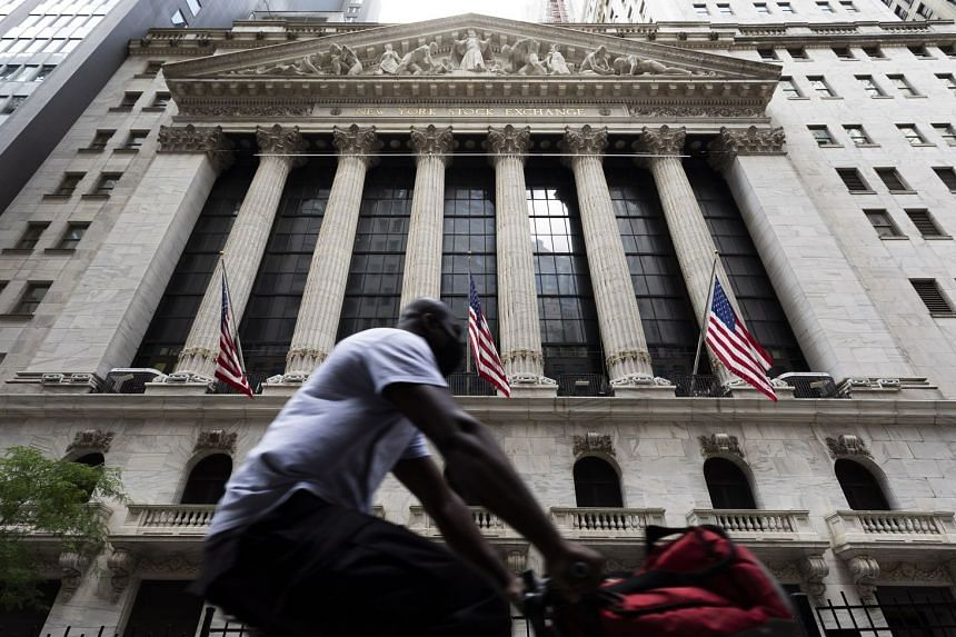 USA stocks drop amid coronavirus concerns