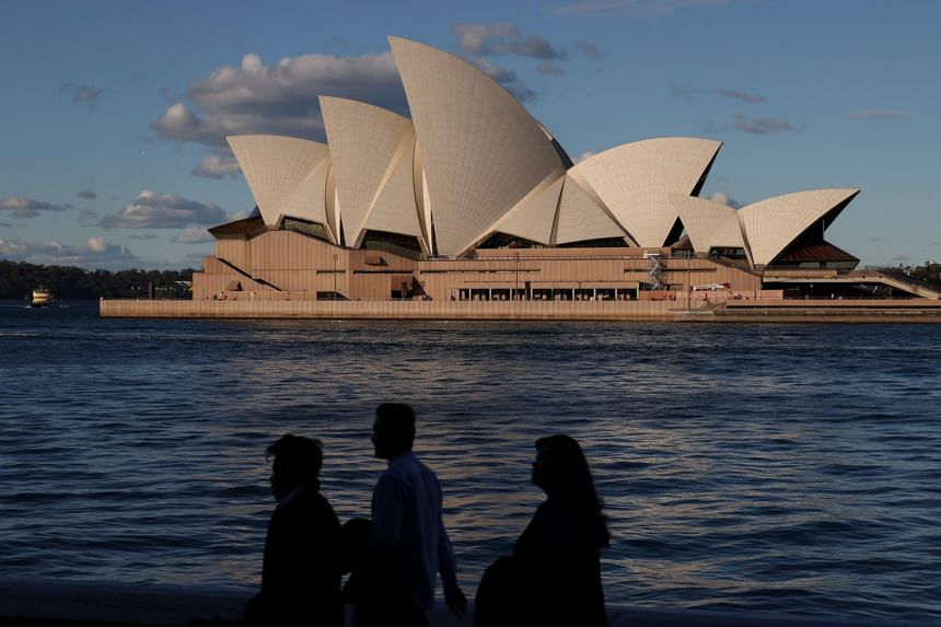 Australia limits number of citizens returning as virus surges