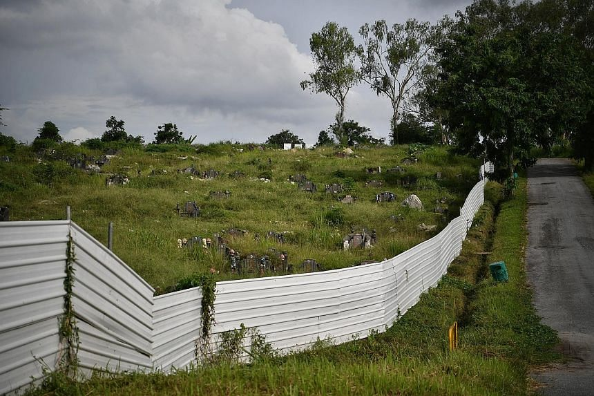The phased exhumation exercise involving some 45,000 Chinese graves and 35,000 Muslim graves in Choa Chu Kang Cemetery (above) was first announced in 2017 by the Government as part of plans for the expansion of Tengah Air Base. ST PHOTO: ARIFFIN JAMA