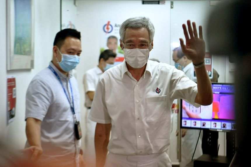 Singapore's Ruling Party Returns to Power, Vote Share Slips to Record Low