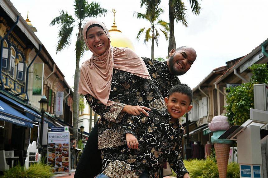Mr Shahrizal Salleh, also known as Chef Bob, with his wife Kamisah Khamis and son Umar Shahrizal.