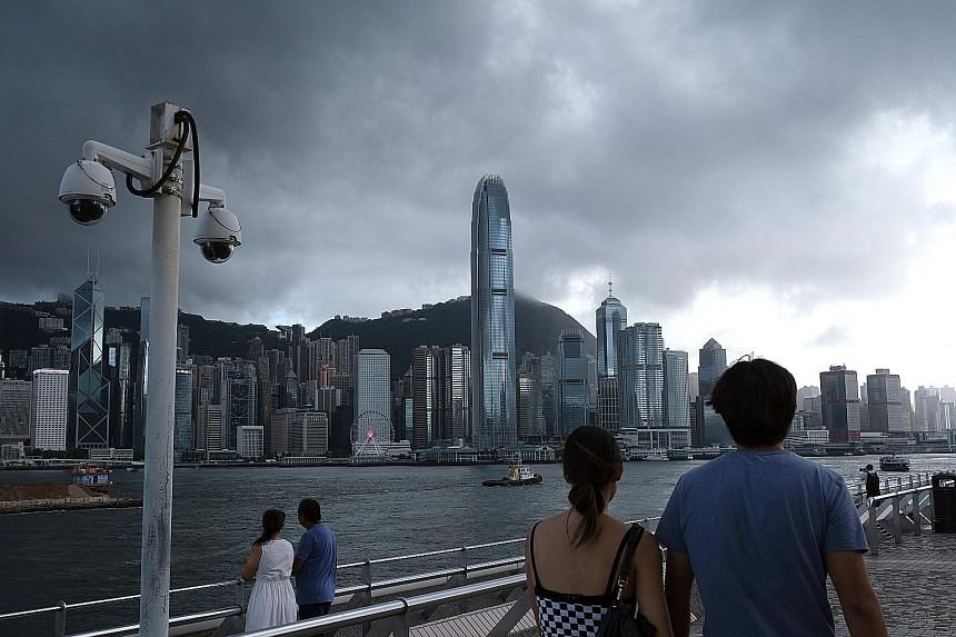 Hong Kong: 200,000 set to come to United Kingdom after citizenship offer