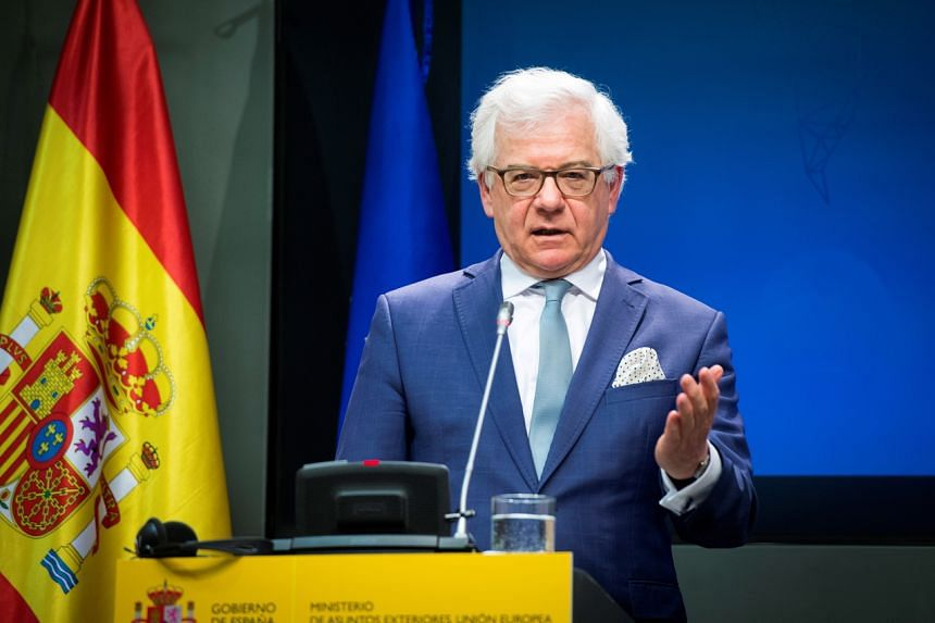 Poland's Foreign Minister Jacek Czaputowicz added that there is no pressure on him from PiS to resign.