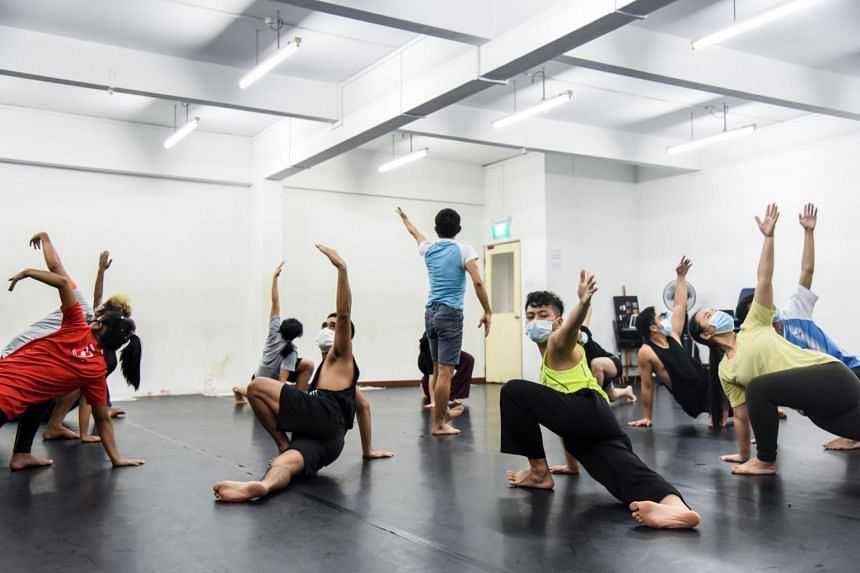 The Intercultural Theatre Institute specialises in training actors in contemporary and classical Asian theatre techniques.