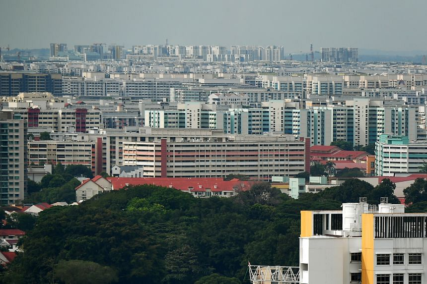 The prices of the resale flats inched up slightly with the resale price index at 131.9.
