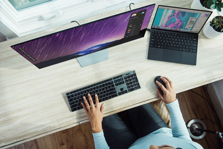 The surge in computer monitor sales here is a rare bright spot for the consumer electronics industry.