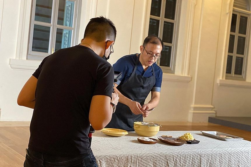 TASTES OF OUR TIME: COOK WITH CHRISTOPHER