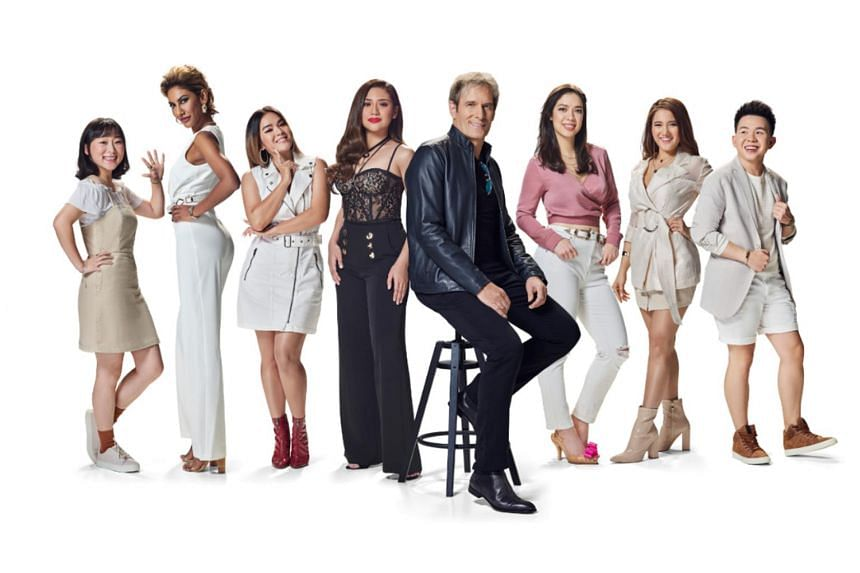 Michael Bolton (centre right, in black jacket) and Filipina singer-songwriter Morissette Amon (centre, left in black) and the contestants of Asian Dream.