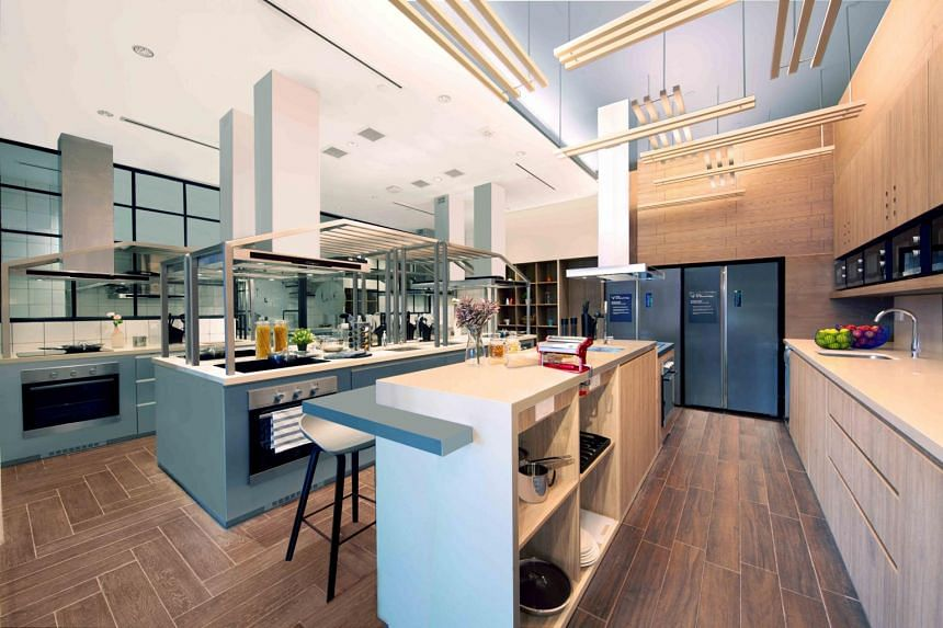 In Singapore, Ascott has partnered a food tech company to set up a cloud kitchen in lyf Funan Singapore's shared kitchen to provide in-house guests with more dining options.