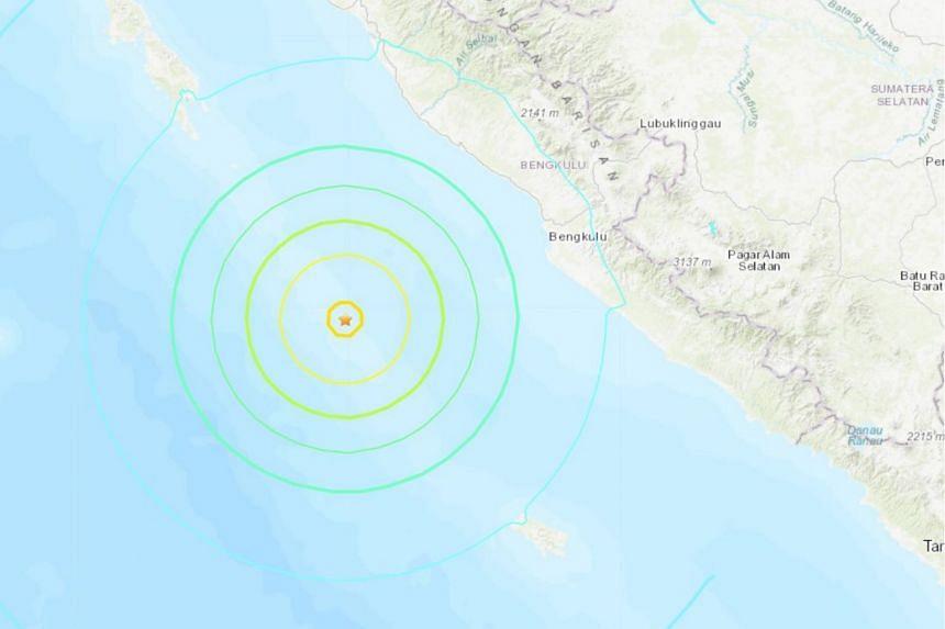 Strong quake strikes off Indonesia's Sumatra, no tsunami risk