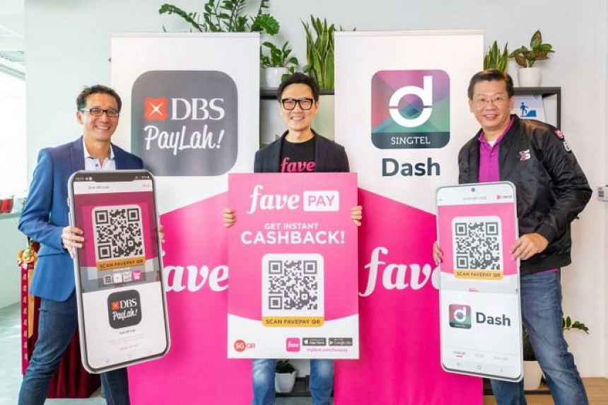 (From left) Edward Yue, head of DBS PayLah! at DBS, Ng Aik-Phong, managing director of Fave Singapore and Malaysia, and Gilbert Chuah, head of mobile financial services at Singtel International Group.