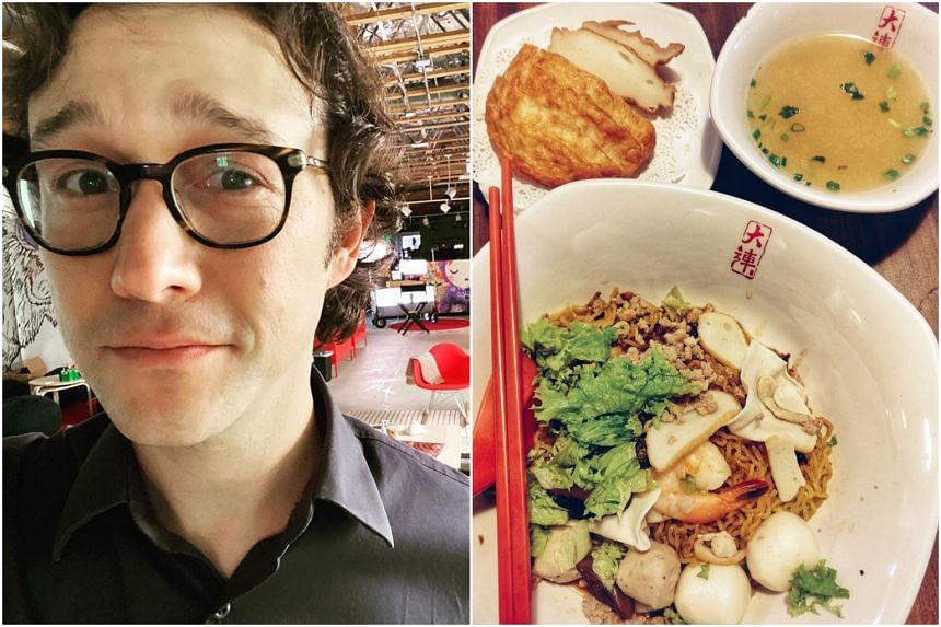American actor Joseph Gordon-Levitt posted an image of fishball noodles on Facebook, calling for photos of Singaporean food for a project.