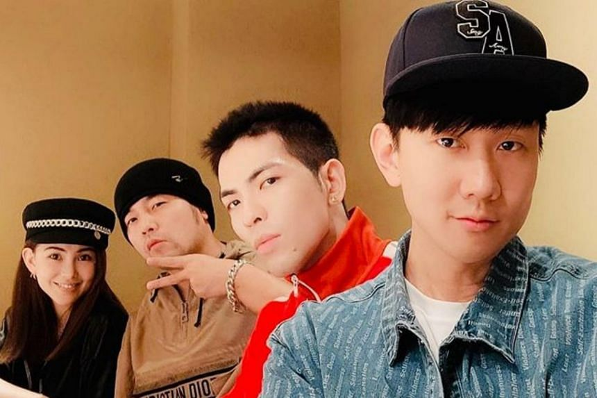 (From left) Hannah Quinlivan, Jay Chou, Jam Hsiao and JJ Lin having dinner together.
