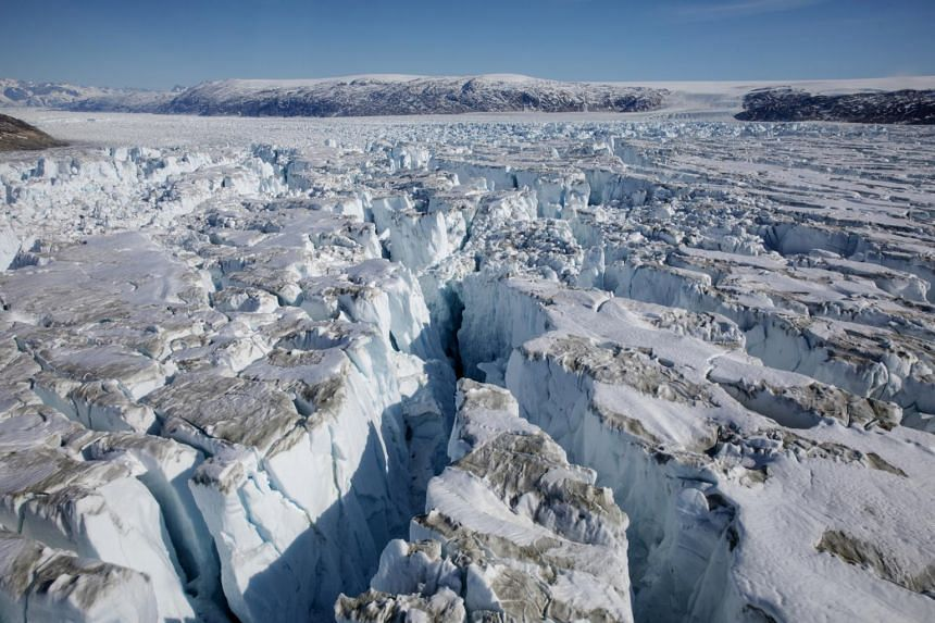 Between 1994 and 2017, the world's glaciers shed about 6.5 trillion tonnes in mass.
