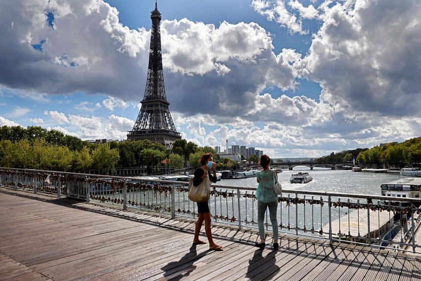 The plan earmarks in particular €35 billion for making France's economy more competitive.
