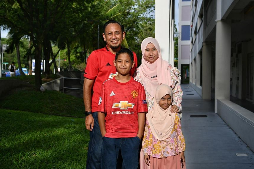 (Clockwise from top left) Mr Mohammad Taufiq, Ms Hurul-A'in, with their daughter Mawar hayyuna and their son Mujir hayyan.
