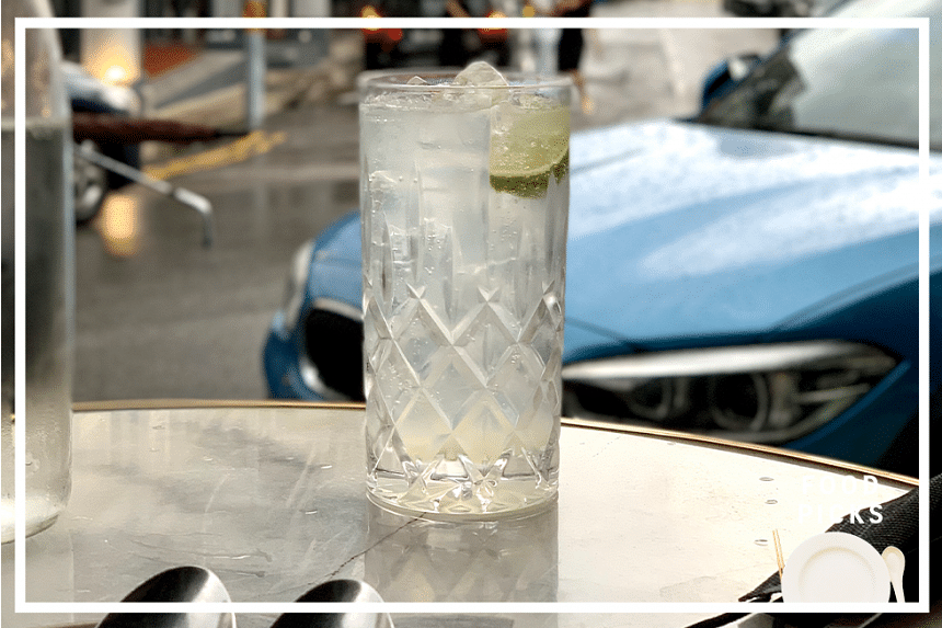 A cheeky afternoon cocktail and dessert at Olivia Restaurant & Lounge in the Keong Saik Road neighbourhood, located less than a minute's walk away from Hotel Soloha on Teck Lim Road.