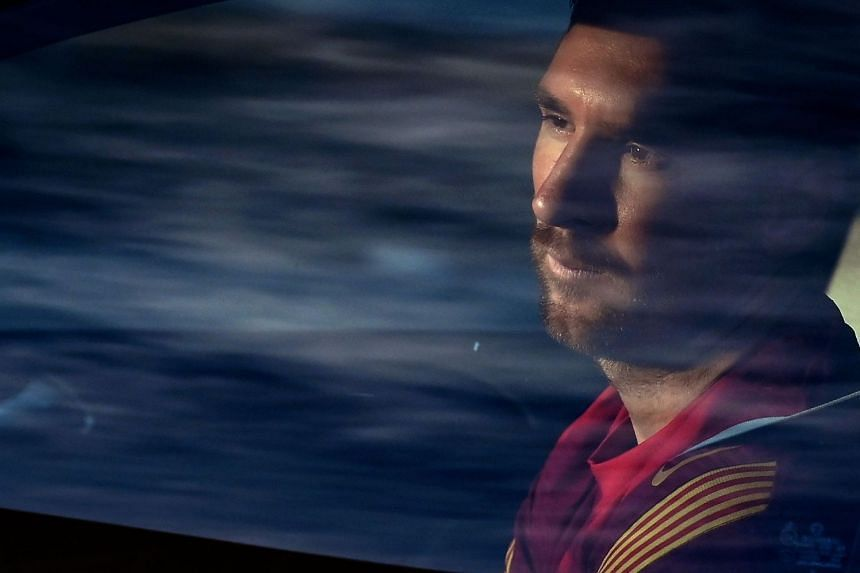Messi arrives for training session on Sept 8, 2020.