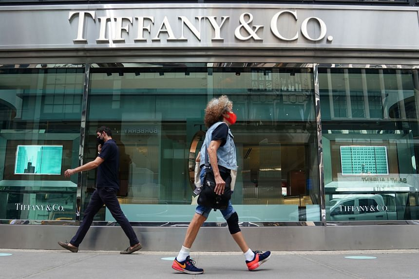 """A Tiffany & Co. store in New York City. LVMH noted that Tiffany's first-half results and its """"perspectives for 2020 are very disappointing, and significantly inferior to those of comparable brands of the LVMH group during this period""""."""