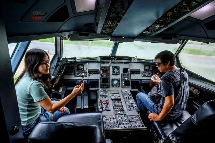 Visitors to the coffee shop will also be able to sit in the retired aircraft's cockpit.