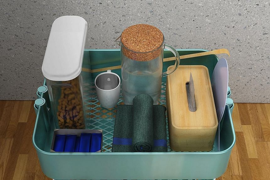 Keeping essentials such as drinking water together with snacks makes it easier for persons with dementia to help themselves when they are peckish.